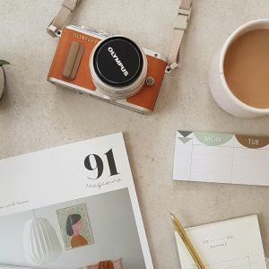 91-magazine-E_s7-xq0FAk-unsplash-1